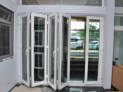 Vbc fensterbau for Folding french patio doors